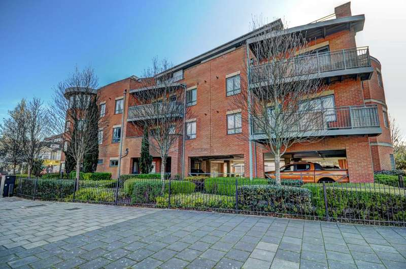 1 Bedroom Apartment Flat for sale in Buckingham Street, Aylesbury