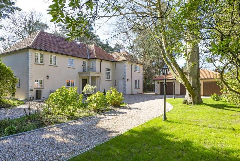 5 Bedrooms Detached House for sale in Norfolk Farm Road, Pyrford, Surrey, GU22