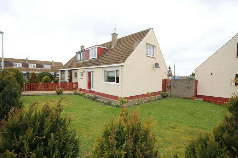 3 Bedrooms Semi Detached House for sale in 39 Stoneybank Avenue, Musselburgh, EH21 6HN