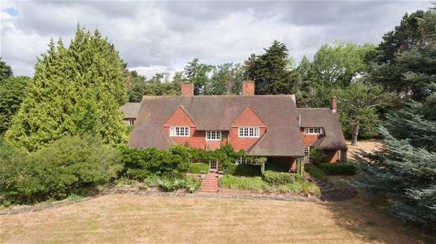 Detached House for sale in Harpsden Bottom, Henley-on-Thames