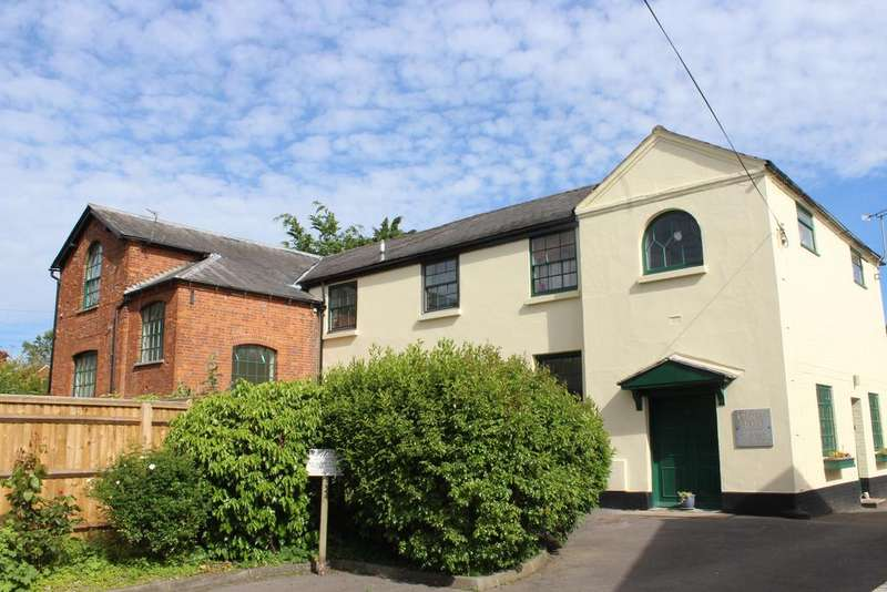 Studio Flat for sale in Chapel House, Church Street, Hungerford RG17