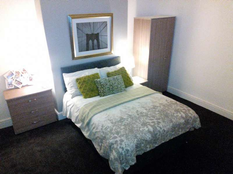 7 Bedrooms House Share for rent in 7 Bed - Elm Vale, L6
