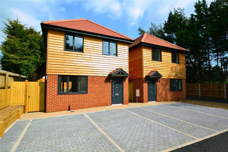 3 Bedrooms Detached House for sale in The Pines, St. Leonards, Ringwood, BH24