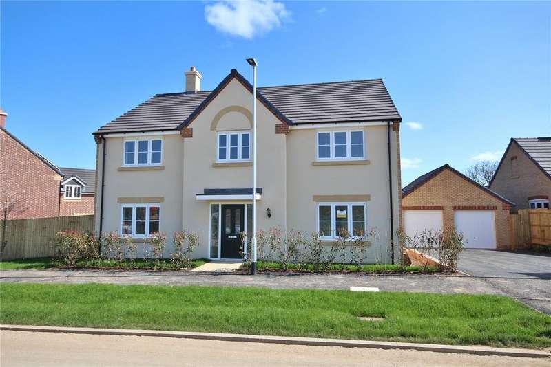4 Bedrooms Detached House for sale in Baker Drive, Nettleham Chase, LN2