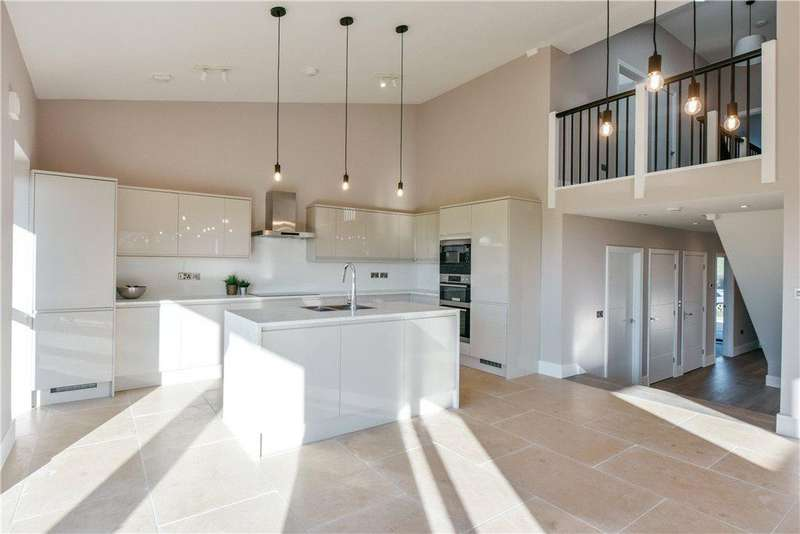 4 Bedrooms Barn Conversion Character Property for sale in Renhold Road, Ravensden, Bedford, Bedfordshire