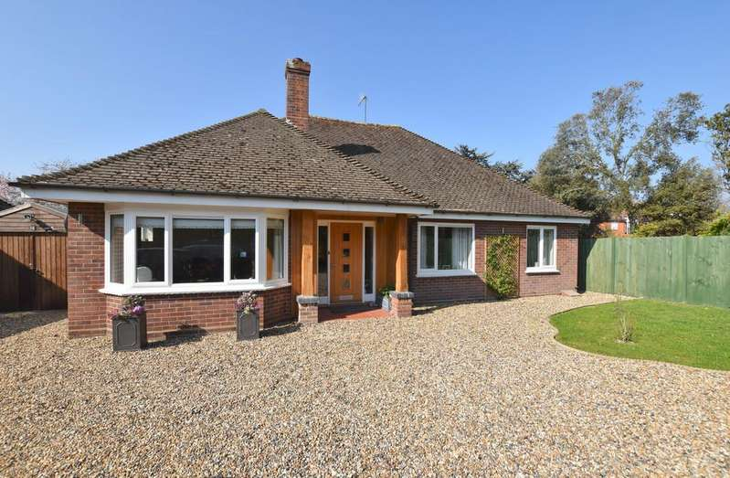 3 Bedrooms Detached Bungalow for sale in Overstrand Road, Cromer