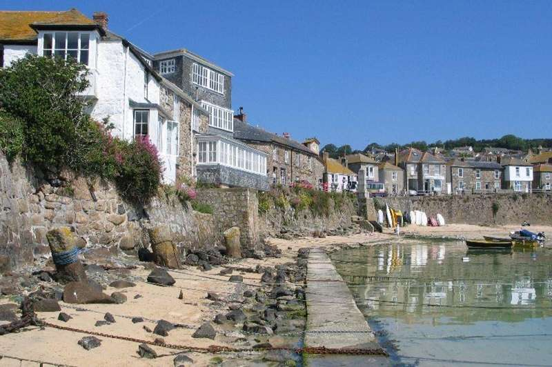 3 Bedrooms Apartment Flat for sale in The Lobster Pot, Mousehole, Mousehole TR19