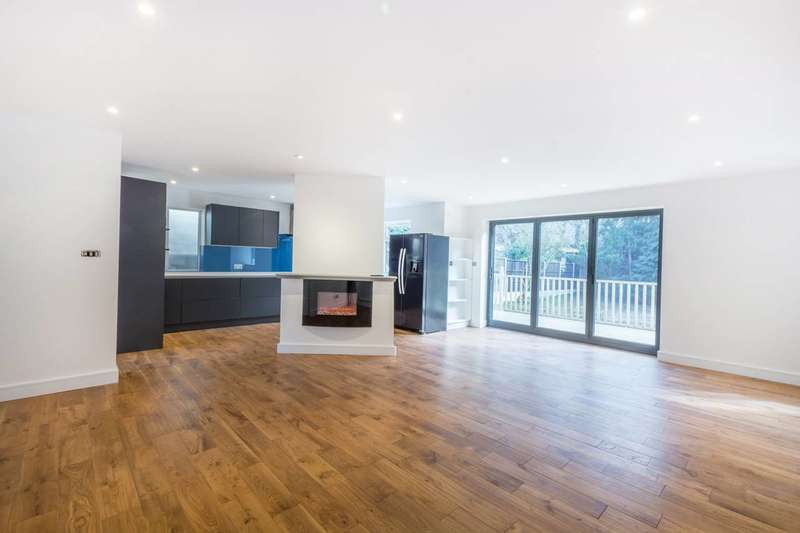 7 Bedrooms House for sale in Barn Hill, Wembley Park, HA9