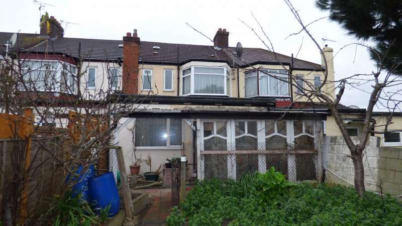 3 Bedrooms Terraced House for sale in Great Cambridge Road, London, N17