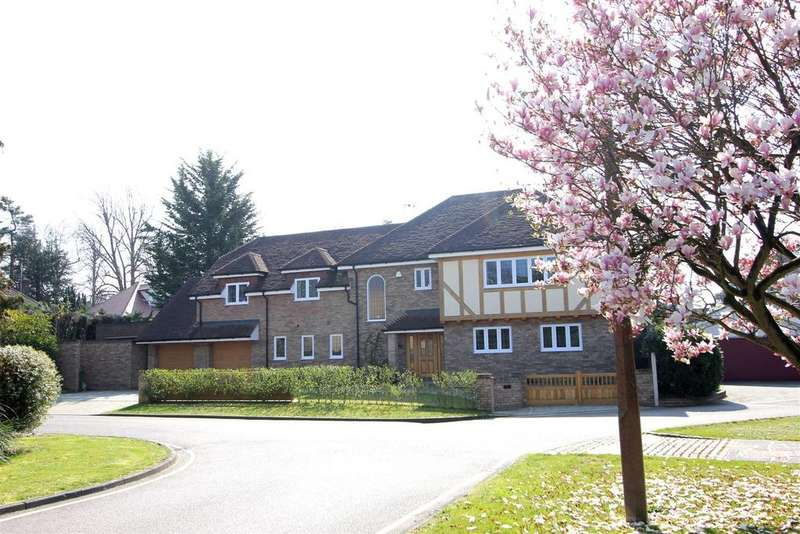 6 Bedrooms Detached House for sale in Kingfisher Close, Hutton Mount, Brentwood