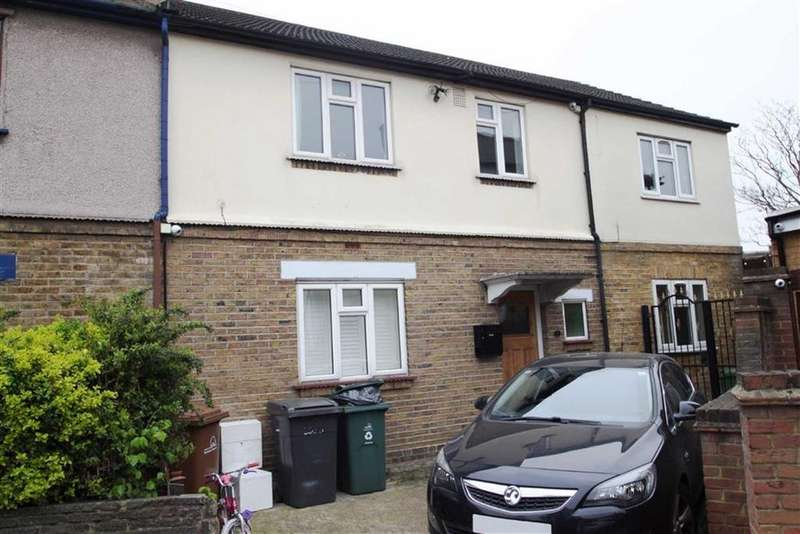 5 Bedrooms End Of Terrace House for sale in The Close, Highams Park