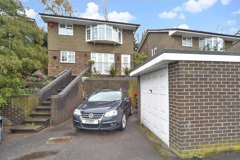 4 Bedrooms Detached House for sale in Lower Elmstone Drive, Reading