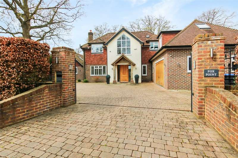 5 Bedrooms House for sale in Blackwood Close, West Byfleet, Surrey, KT14