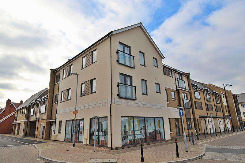 2 Bedrooms Apartment Flat for sale in Britten Place, Biggleswade