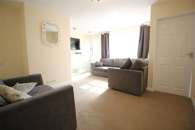 3 Bedrooms Terraced House for sale in Wheble Drive, Woodley, Reading, Berkshire, RG5