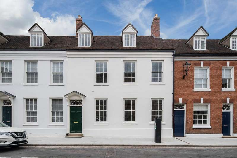 5 Bedrooms Town House for sale in Northgate Street, Warwick CV34