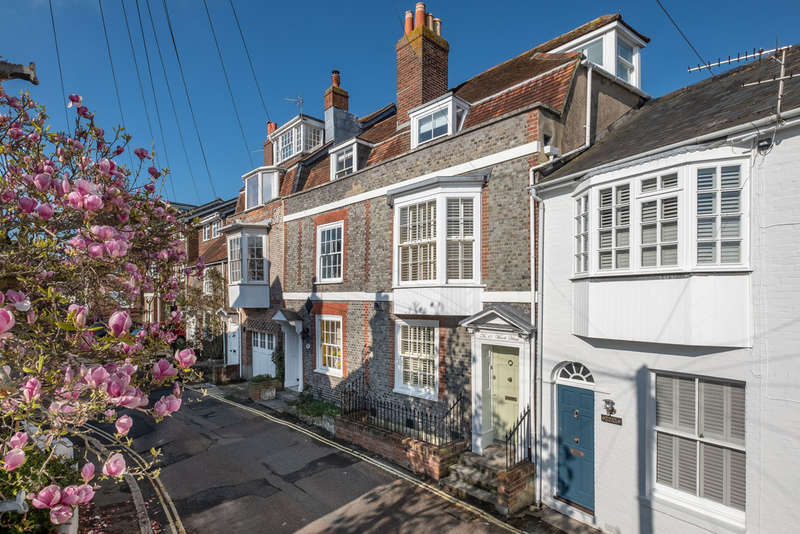 5 Bedrooms Town House for sale in Cowes, Isle of Wight