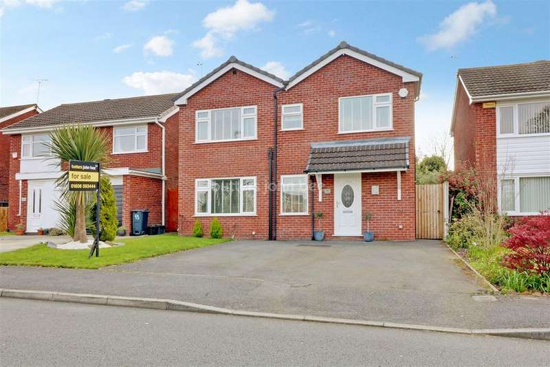 5 Bedrooms Detached House for sale in Carisbrook Drive, Winsford