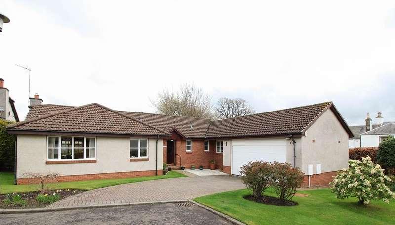 4 Bedrooms Detached Bungalow for sale in Somnerfield Park, Haddington EH41