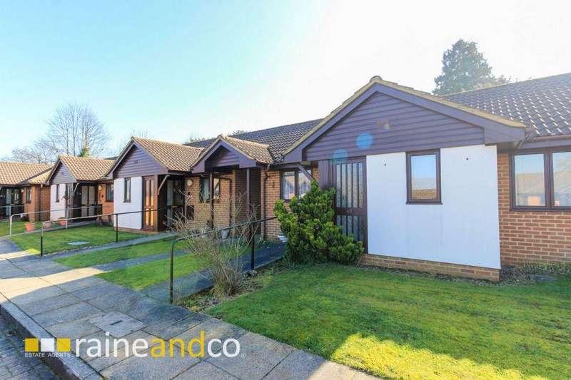 2 Bedrooms Bungalow for sale in Ashley Court, Hatfield, AL10