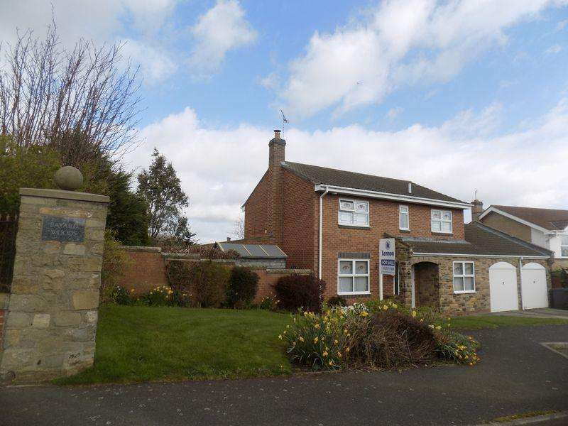4 Bedrooms Detached House for sale in Humford Way, Bayard Woods, Bedlington Northumberland