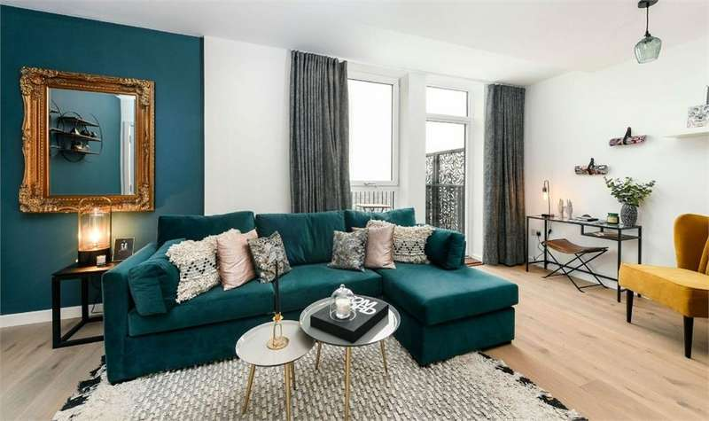 3 Bedrooms Flat for sale in The Levers, 2-16 Amelia Street, London ***STAMP DUTY INCENTIVE AVAILABLE***