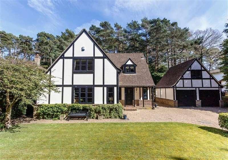 4 Bedrooms Detached House for sale in Laurel Drive, Broadstone, Dorset