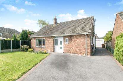 5 Bedrooms Bungalow for sale in Bridle Way, Great Sutton, Cheshire, CH66
