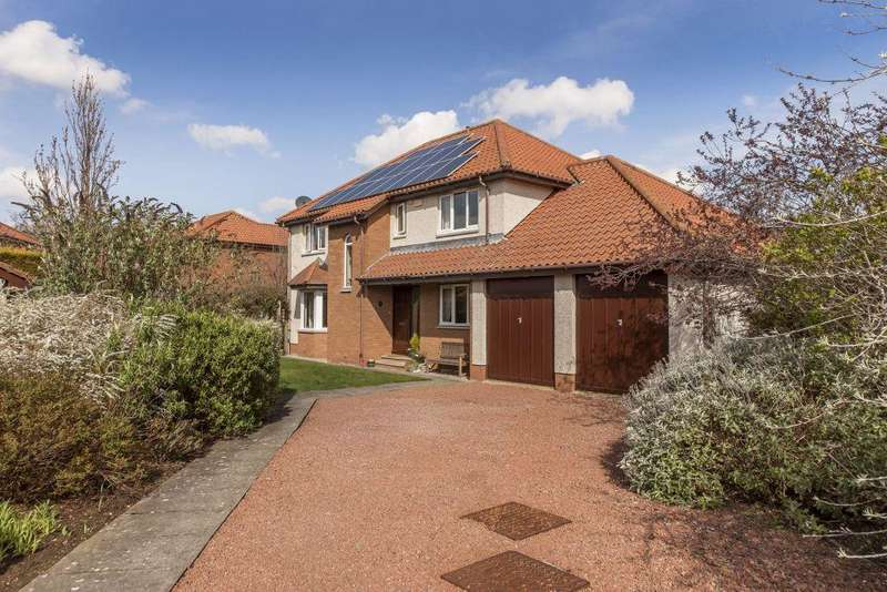 5 Bedrooms Detached House for sale in 2 Spilmersford View, Pencaitland, EH34 5HJ