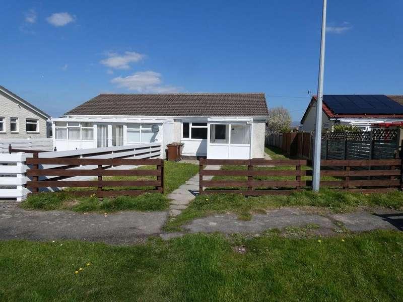 3 Bedrooms Bungalow for sale in 70 Glan y Mor, Fairbourne, LL38 2LQ