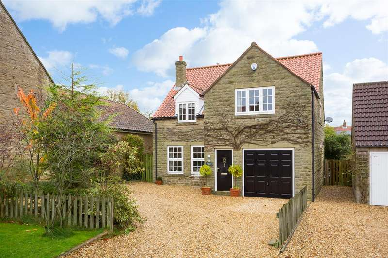 4 Bedrooms Detached House for sale in Mallory House, South Back Lane, Terrington, Y060 6PX