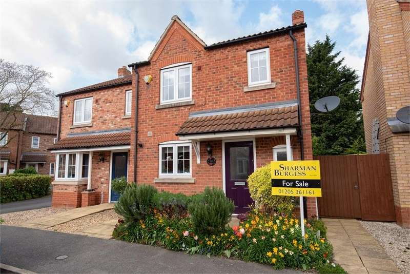 3 Bedrooms Semi Detached House for sale in Oldman Close, Boston, Lincolnshire