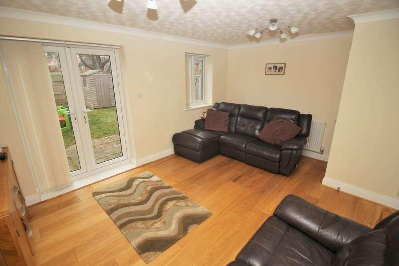 3 Bedrooms End Of Terrace House for sale in Heathcote Avenue, Hatfield, AL10