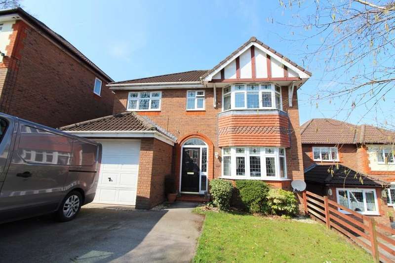 4 Bedrooms Detached House for sale in Bronwydd, Oakdale