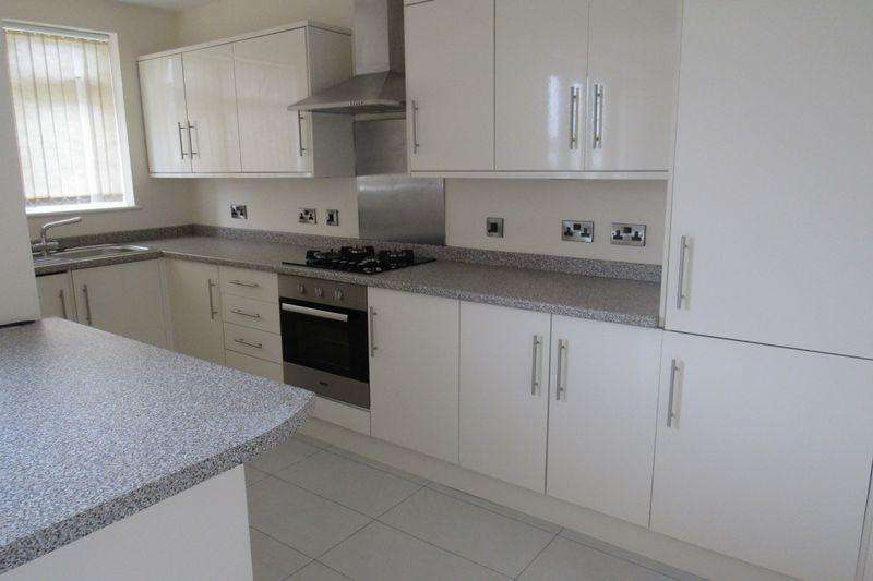 3 Bedrooms End Of Terrace House for sale in Filton Avenue, Horfield, Bristol