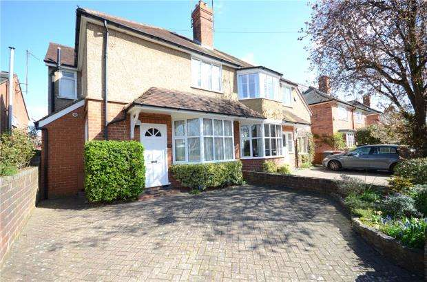 3 Bedrooms Semi Detached House for sale in Bulmershe Road, Reading, Berkshire