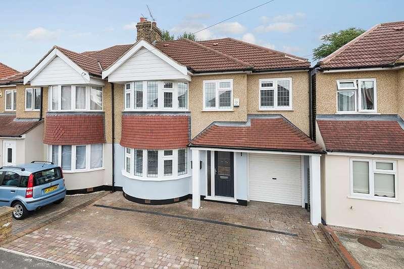 4 Bedrooms Semi Detached House for sale in Saltash Road, Welling, Kent, DA16