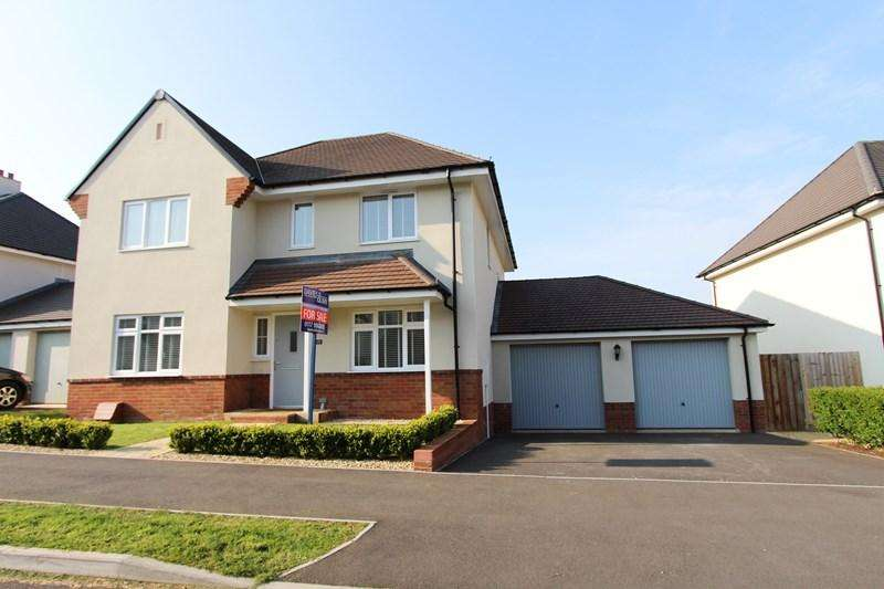 4 Bedrooms Detached House for sale in Augustus Avenue, Keynsham, Bristol