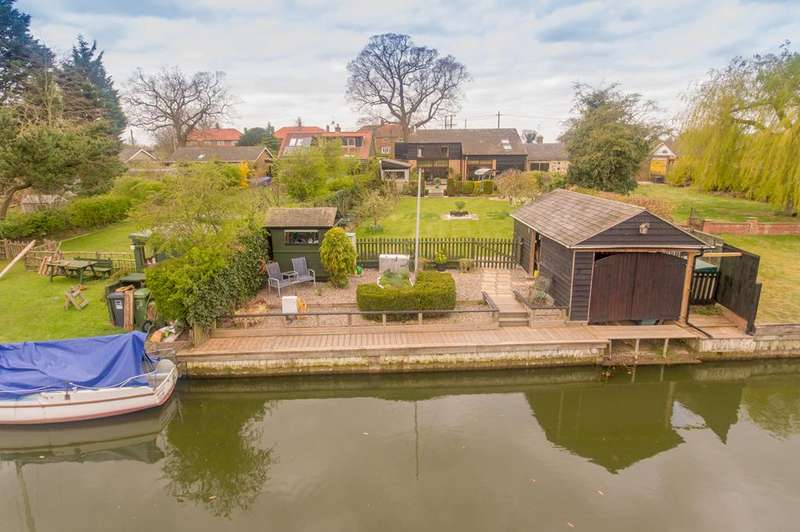4 Bedrooms Detached House for sale in Dilham