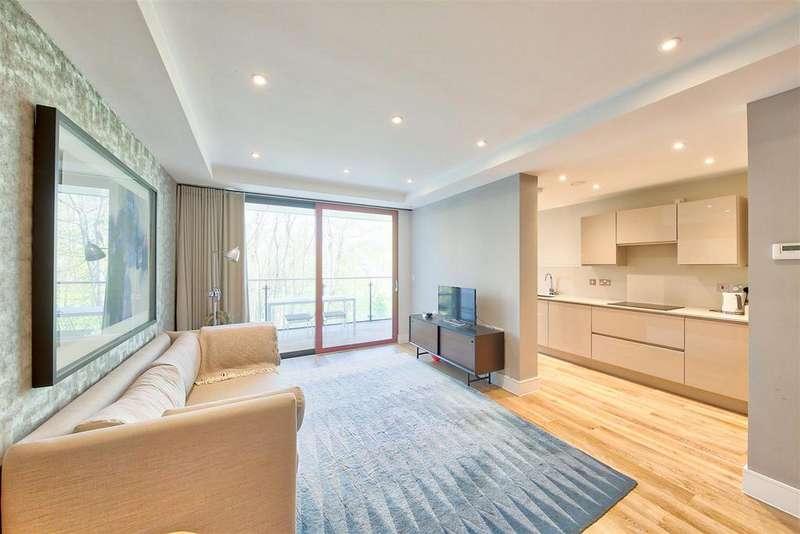 3 Bedrooms Apartment Flat for sale in Knaresborough Drive, London