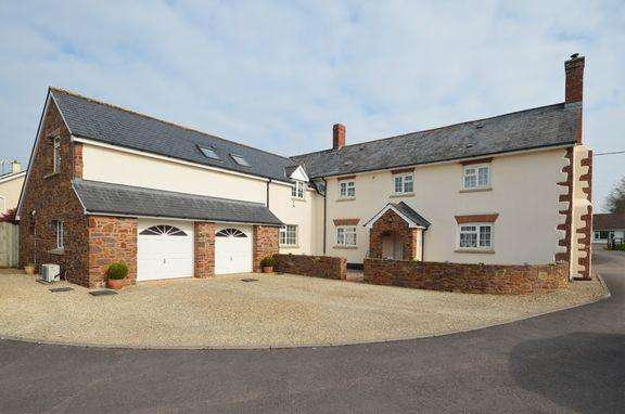 5 Bedrooms Detached House for sale in Exceptional village house with an annex in Uplowman