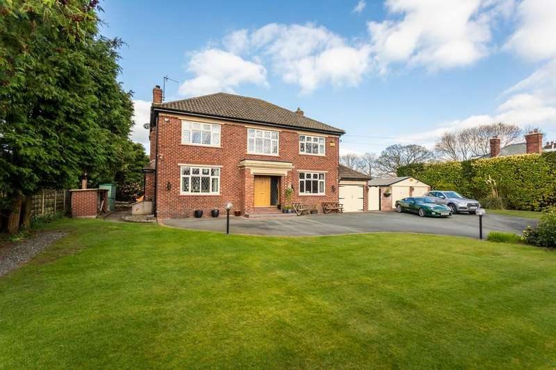 4 Bedrooms Detached House for sale in Crewe Road, Sandbach