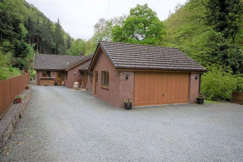 4 Bedrooms Bungalow for sale in Abermule, Montgomery, SY15