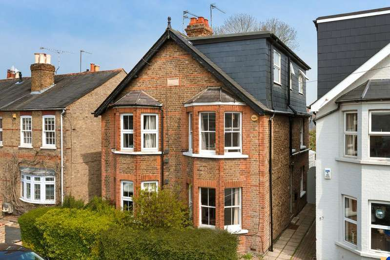4 Bedrooms House for sale in Old Windsor