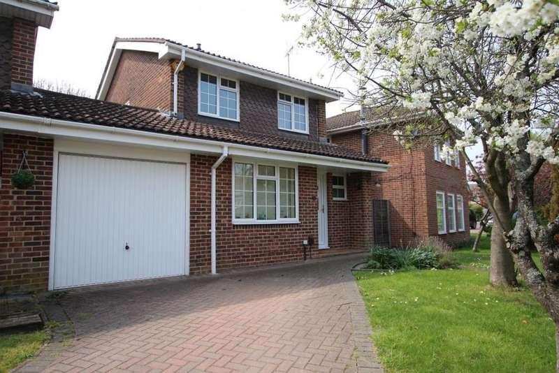 3 Bedrooms Link Detached House for sale in Woosehill Lane, Wokingham, RG41