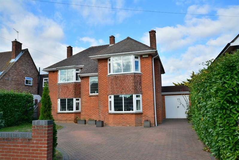 5 Bedrooms Detached House for sale in Keith Road, Bournemouth