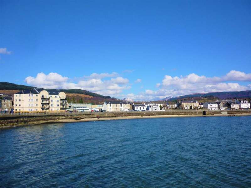 3 Bedrooms Flat for sale in 5 Harmony Court, Moir Street, DUNOON, PA23 8FJ