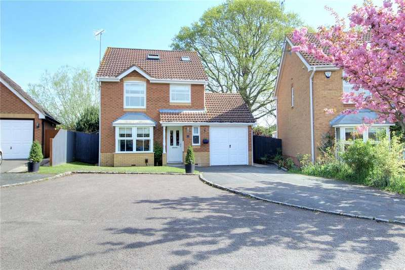 3 Bedrooms Detached House for sale in Anthian Close, Woodley, Reading, Berkshire, RG5