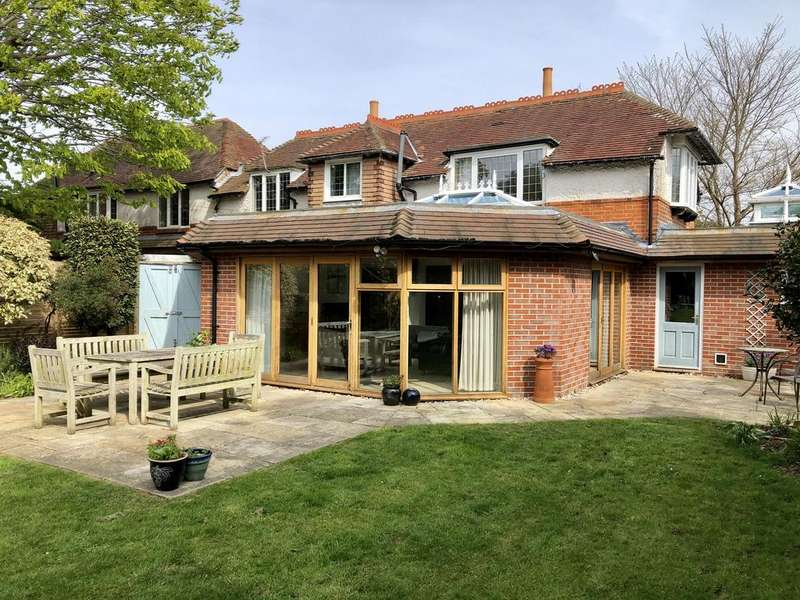 5 Bedrooms Detached House for sale in St Mary's Avenue, Alverstoke, Gosport PO12