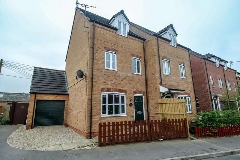4 Bedrooms Semi Detached House for sale in Holbeach, Spalding